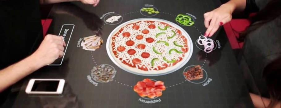 Pizza z dodatkiem techniki