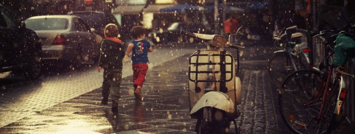 Dzieci na drodze. Proszę o uwagę!