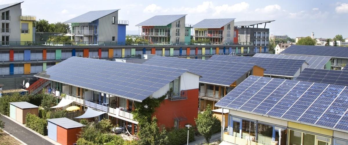 Panel do podziału z sąsiadami. Efektywny sposób produkcji prądu
