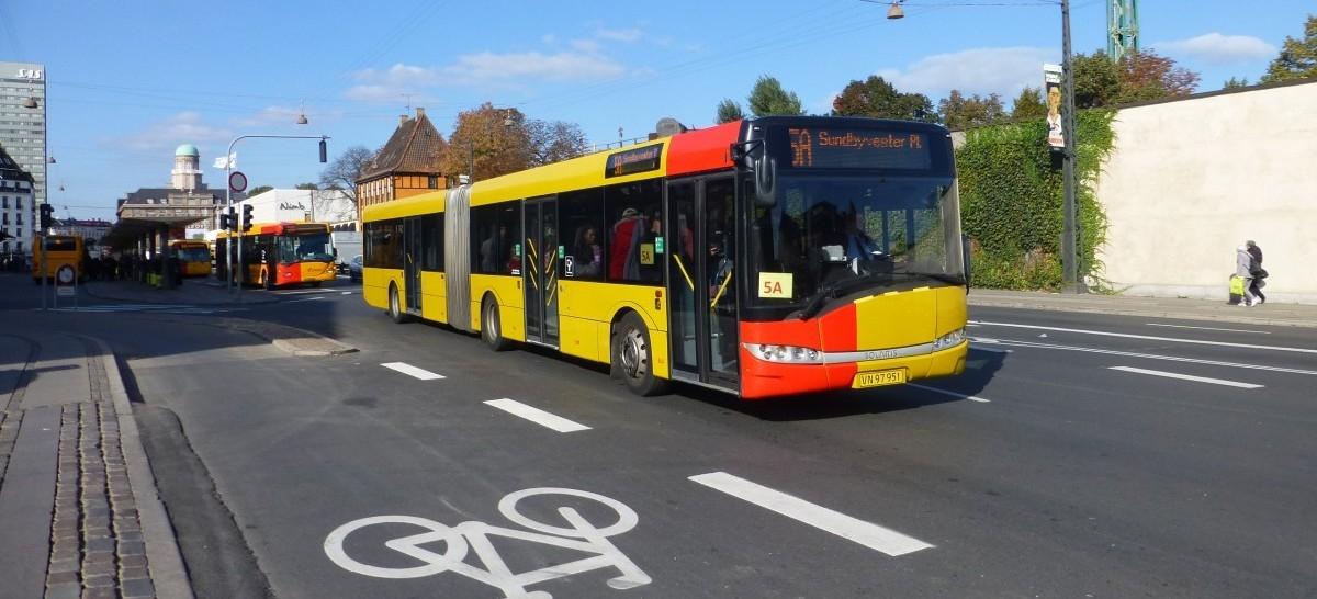 W Kopenhadze zielona fala dla spóźnialskich autobusów