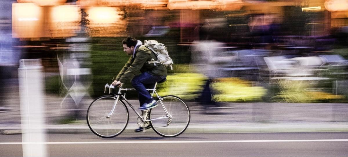 Rowerzyści z priorytetem na zielone światło