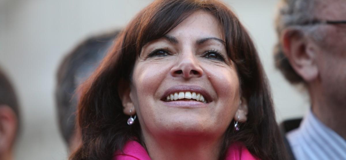 Anne Hidalgo i jej radykalny plan oczyszczenia Paryża