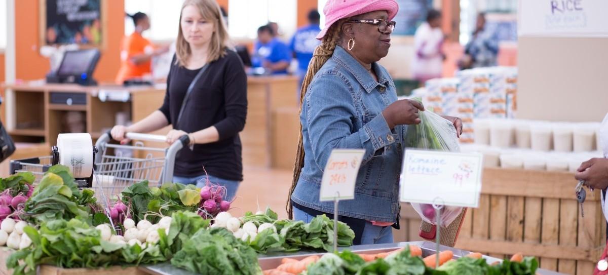 Zdrowa i tania żywność dla ubogich