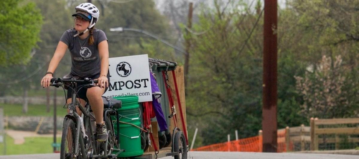 Kompost ze śmietnika trafia prosto do lokalnych rolników