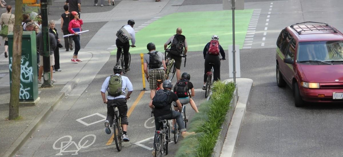 Bezpieczne są tylko ścieżki rowerowe fizycznie oddzielone od jezdni