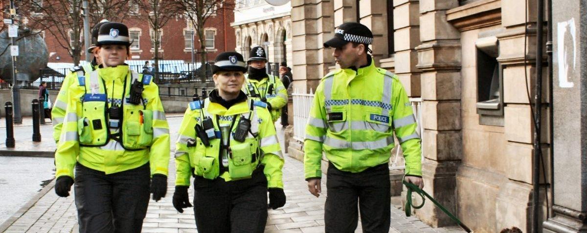 Wystarczy, że policja nieco częściej wychodzi na ulice, a przestępczość spada