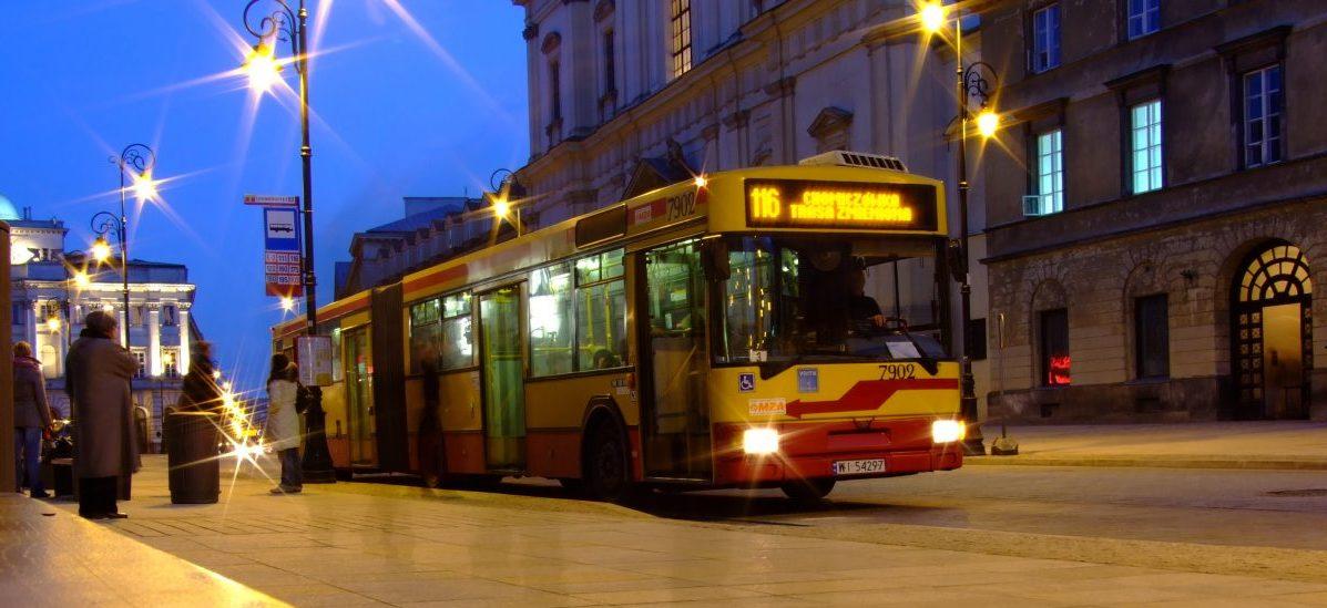 W Warszawie wreszcie wiadomo, kiedy wyjść na przystanek
