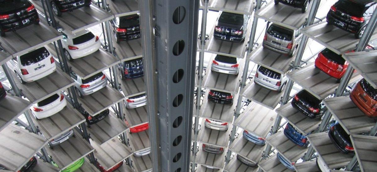 Garaże idą na dietę: miejsc parkingowych jest zbyt wiele