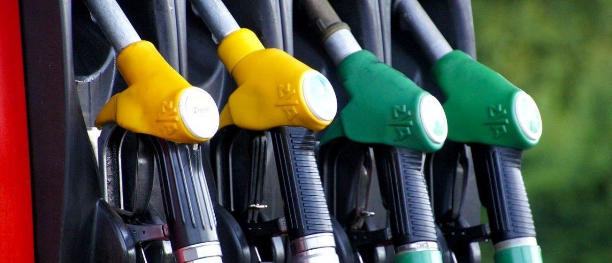Synteza dwutlenku węgla z wodorem to pomysł na benzynę z recyclingu