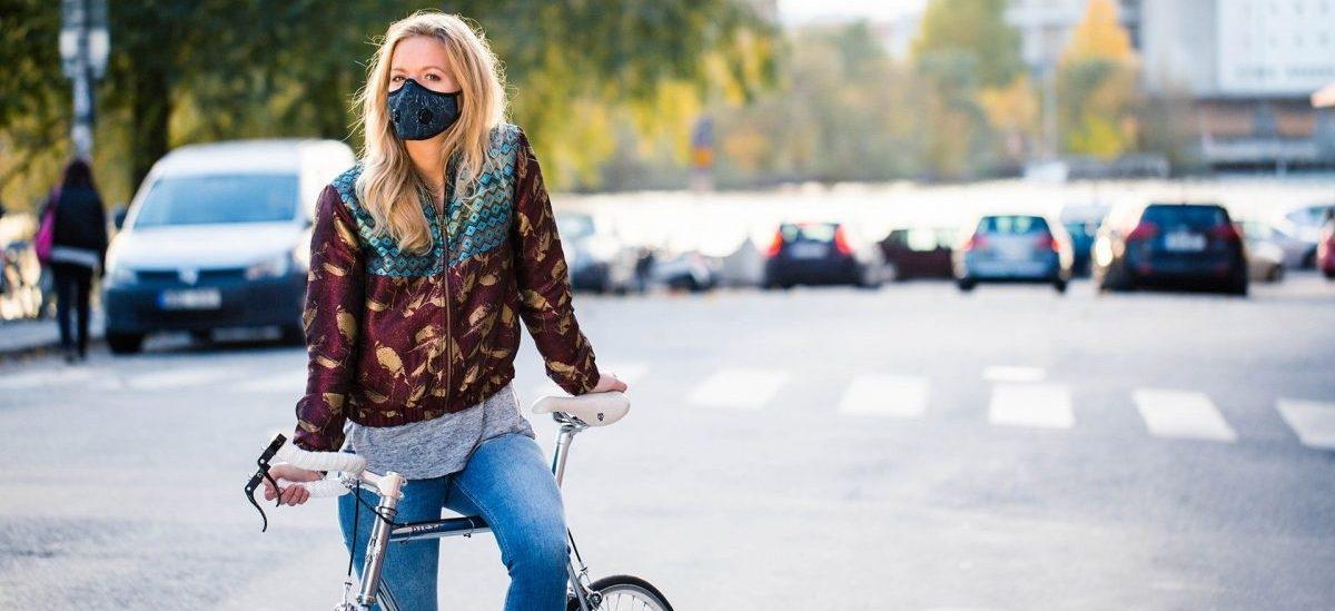 Przeciwsmogowe maski trafiły do świata mody