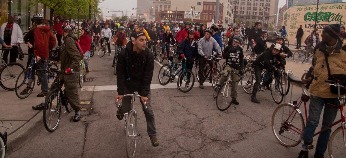 Detroit: miasto samochodów przesiada się na rower