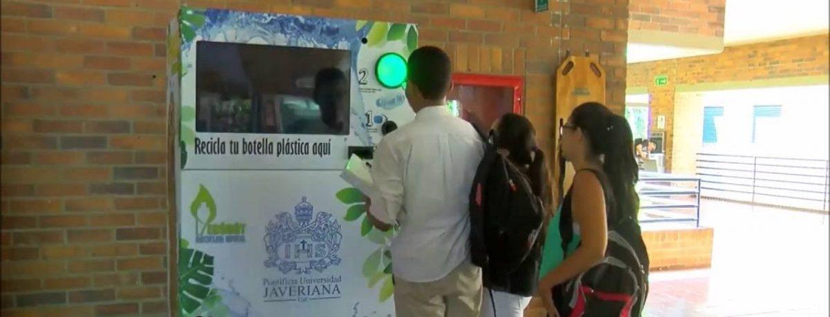 Maszyna z nagrodami kształci nawyk segregacji śmieci