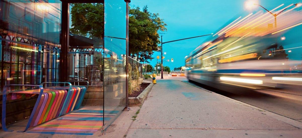 Jak budować inteligentne miasto (Innowacje technologiczne w mieście)