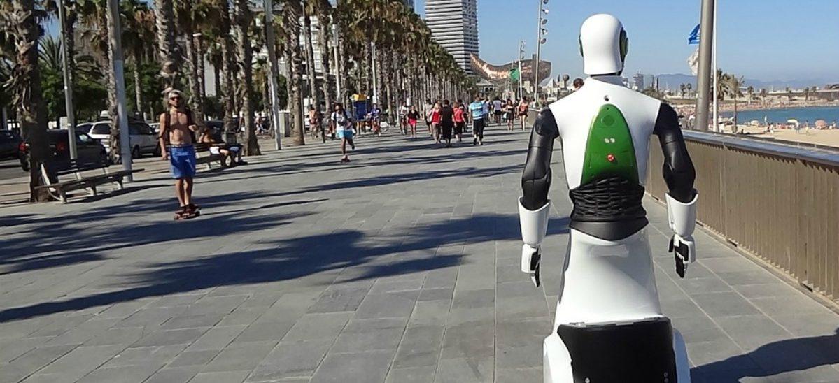 Na ulice wyjechał całkiem uprzejmy Robocop