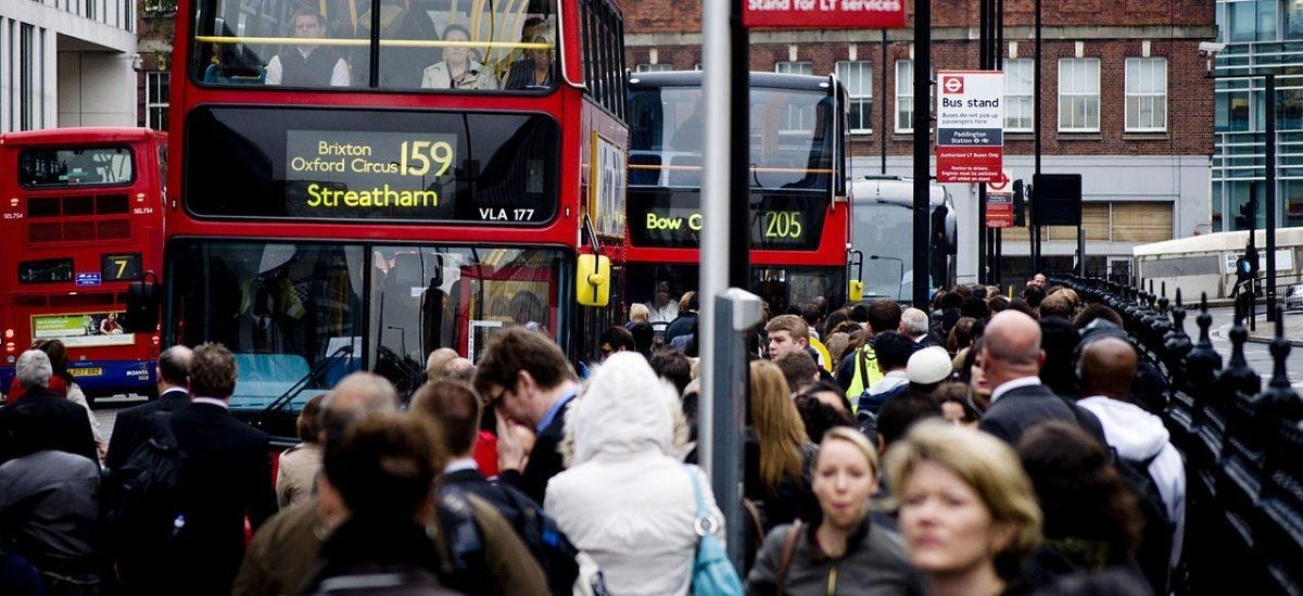 Mieszkańcy chętniej wsiądą do autobusu, jeśli będą wiedzieli ile zajmie podróż
