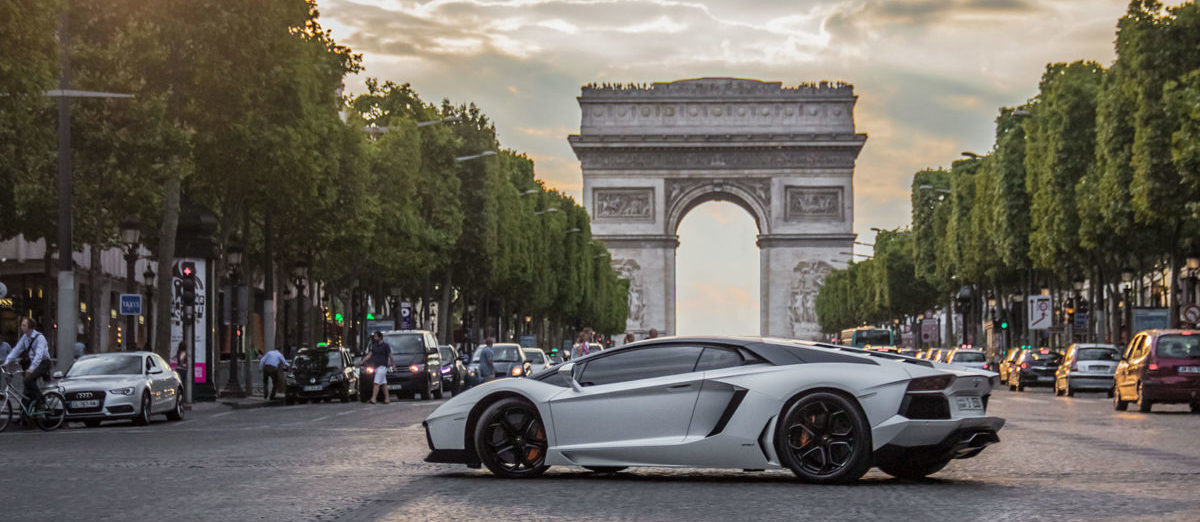Jak Paryż walczy z gettami dla bogatych