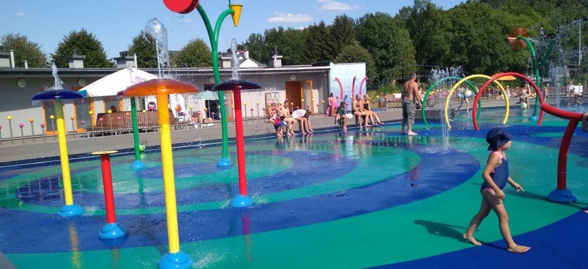 Polskie dzieci pokochały wodne place zabaw