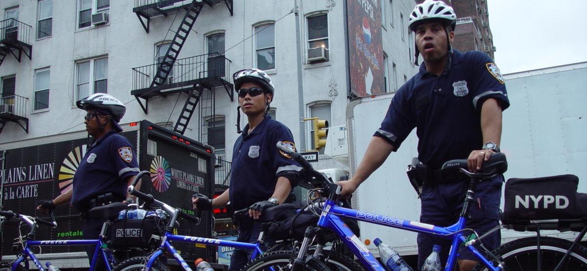 W Stanach na rowery przesiada się nawet policja