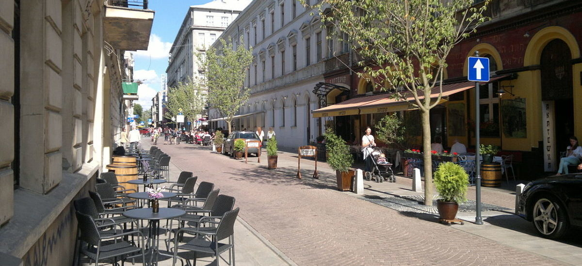 Na ulicach polskich miast rozlewa się fala woonerfów