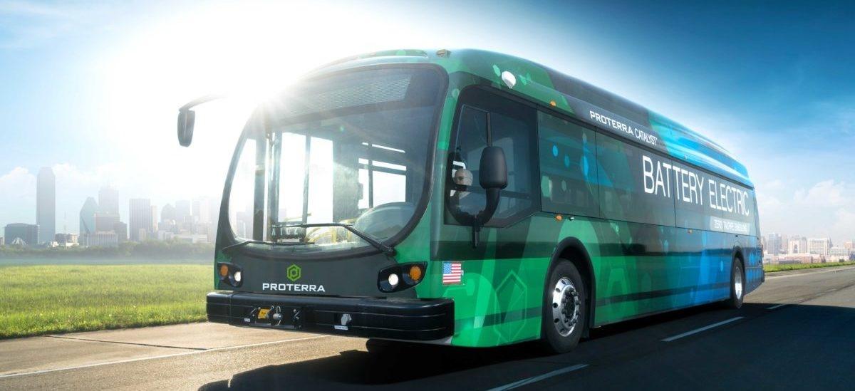 Elektryczne autobusy zmieniają słoneczną Kalifornię