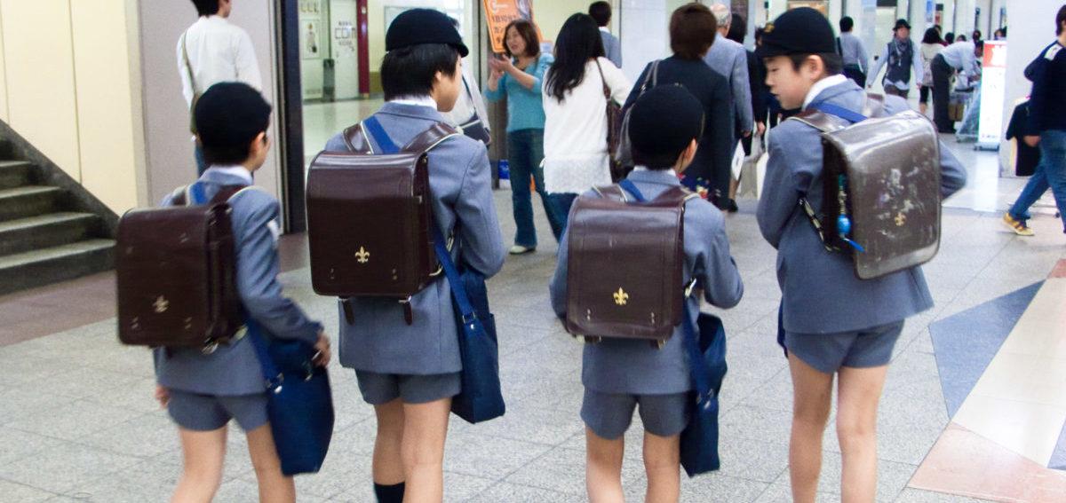 W Tokio 6-latki same jeżdżą metrem