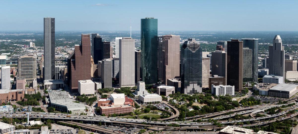 W Houston zamiast rozszerzać ulice, inwestują w komunikację miejską