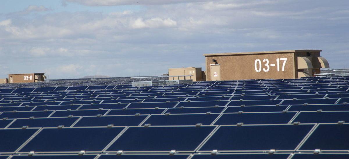 Farmy słoneczne na wysypiskach śmieci