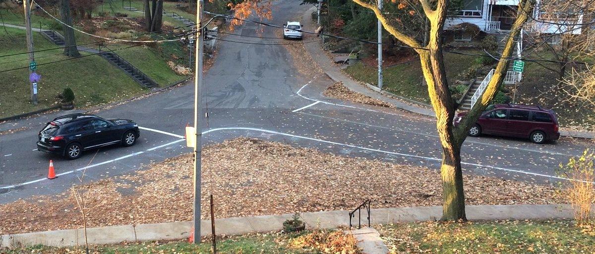 Jesienne liście: doskonały materiał do projektowania ulic