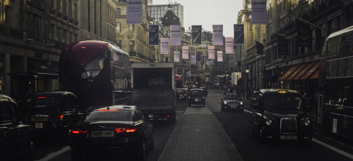Londyn tworzy limity na miejsca parkingowe w domach