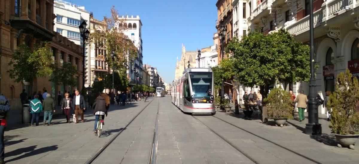 A w Sewilli tramwaje jeżdżą bez sieci trakcyjnej