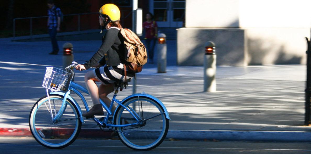 W Stanach kaski nie chronią rowerzystów