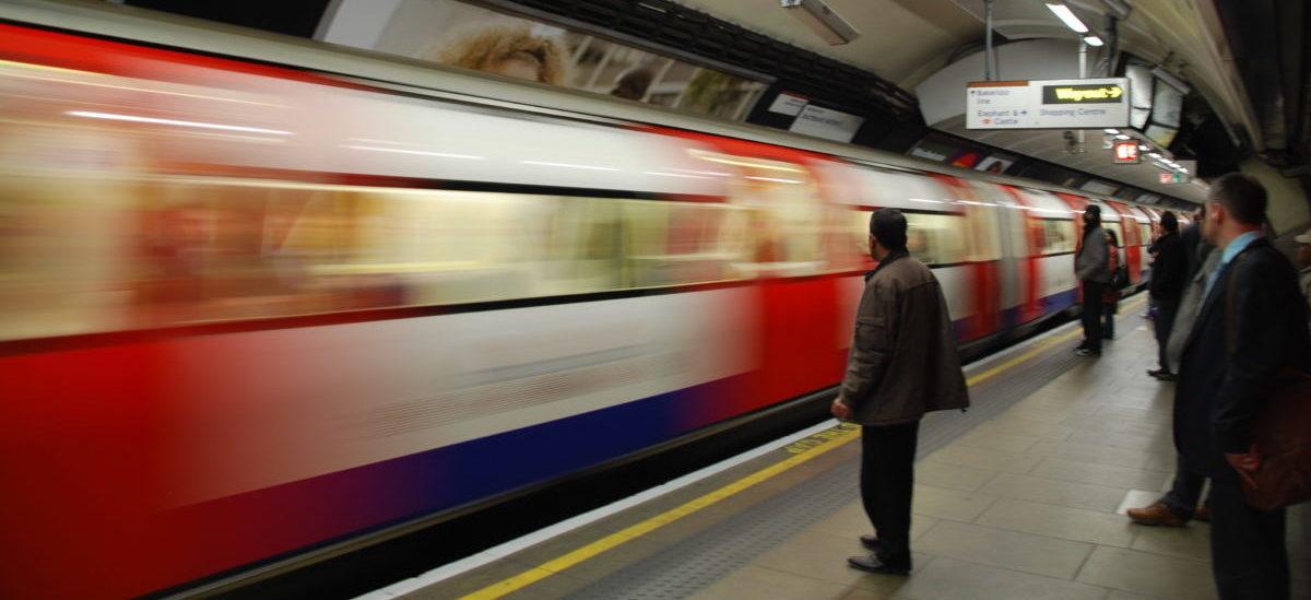 Londyńczycy ogrzeją się ciepłem hamowania pociągów metra