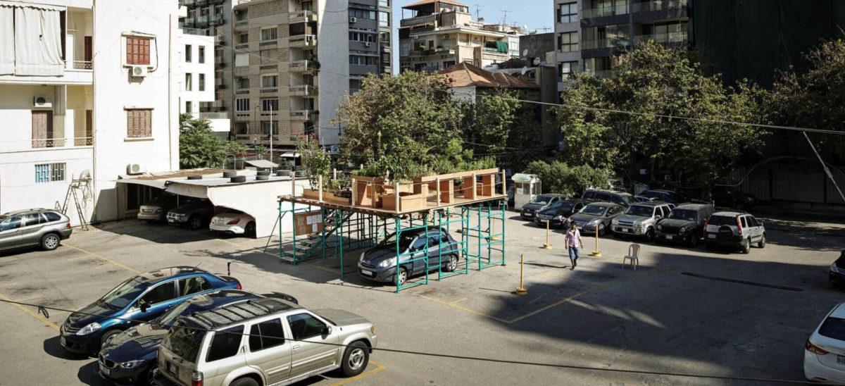 Parking zwieńczony ogrodem dachowym