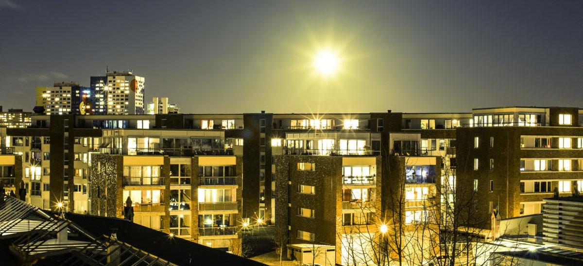 Nadbudowa osiedli jako lek na mieszkaniowy kryzys