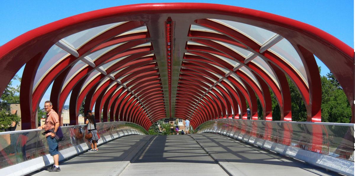 Most który sprawił, że mieszkańcy Calgary przesiedli się na rower