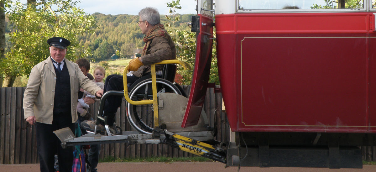 Autobusy na żądanie osób niepełnosprawnych