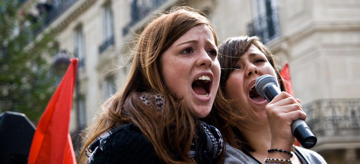Młodzież protestuje, bo dorośli lekceważą problemy środowiska i klimatu