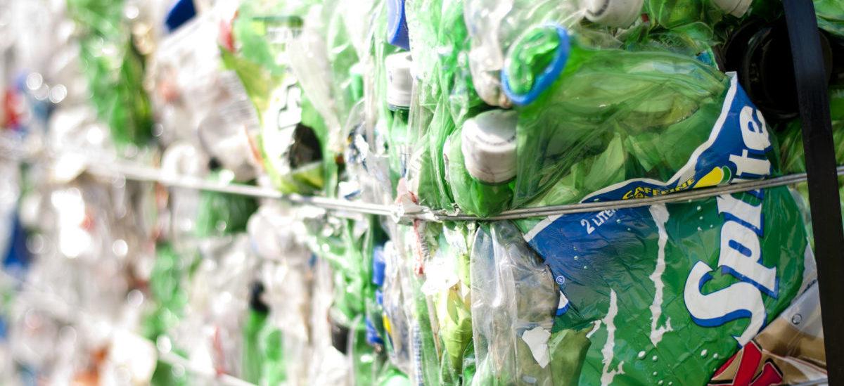 Informatycy wzięli się za utylizację plastiku