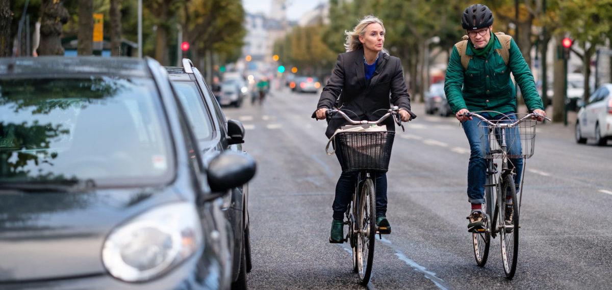 Kierowcy trzynastokrotnie częściej łamią przepisy niż rowerzyści