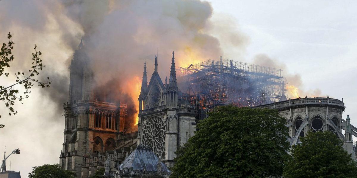 Zdjęcia pomogą odbudować katedrę Notre-Dame