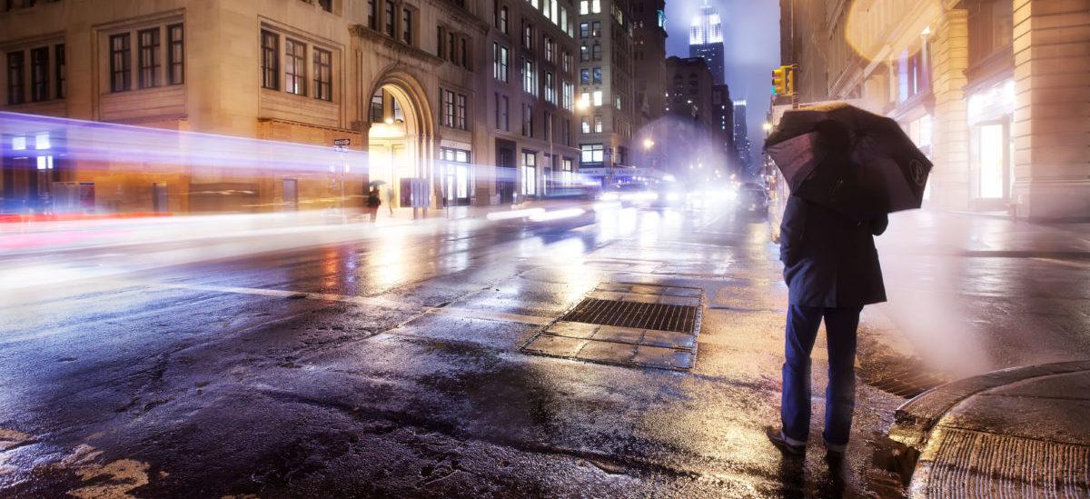 Miasta przyciemniają lampy