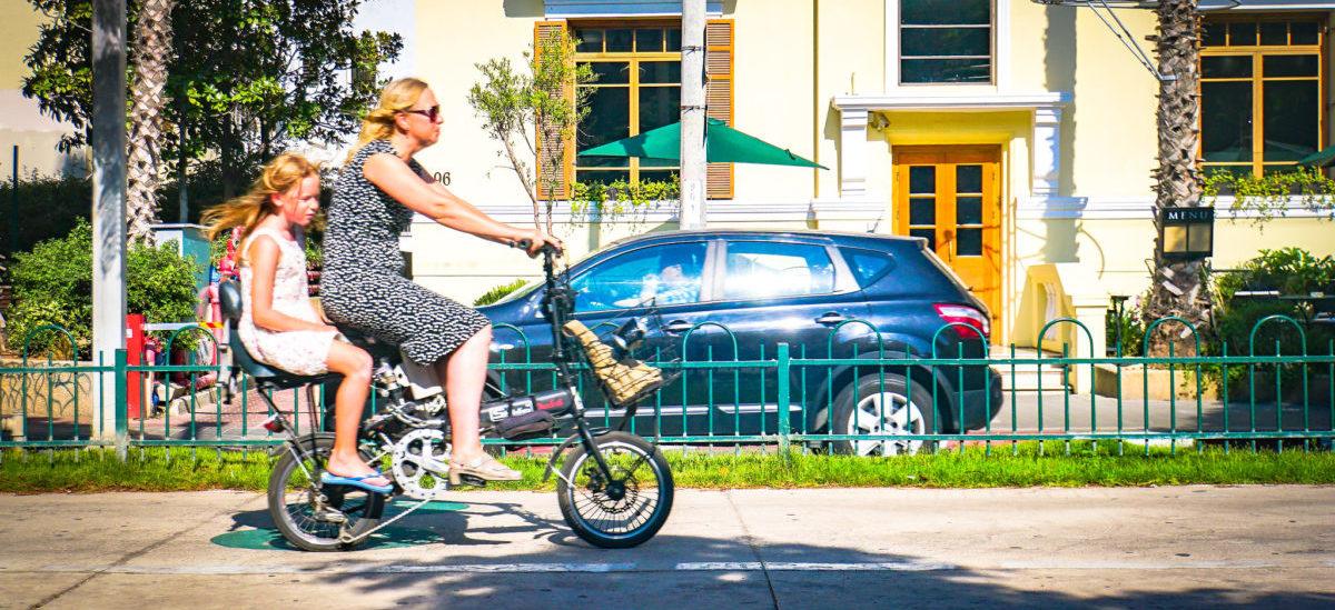 Dopłaty do rowerów elektrycznych dla tych, którzy porzucą auto