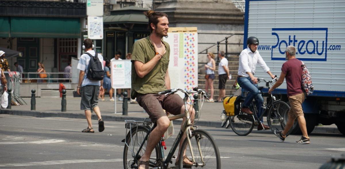 Dlaczego przyszłością są miasta z ulicami bez samochodów