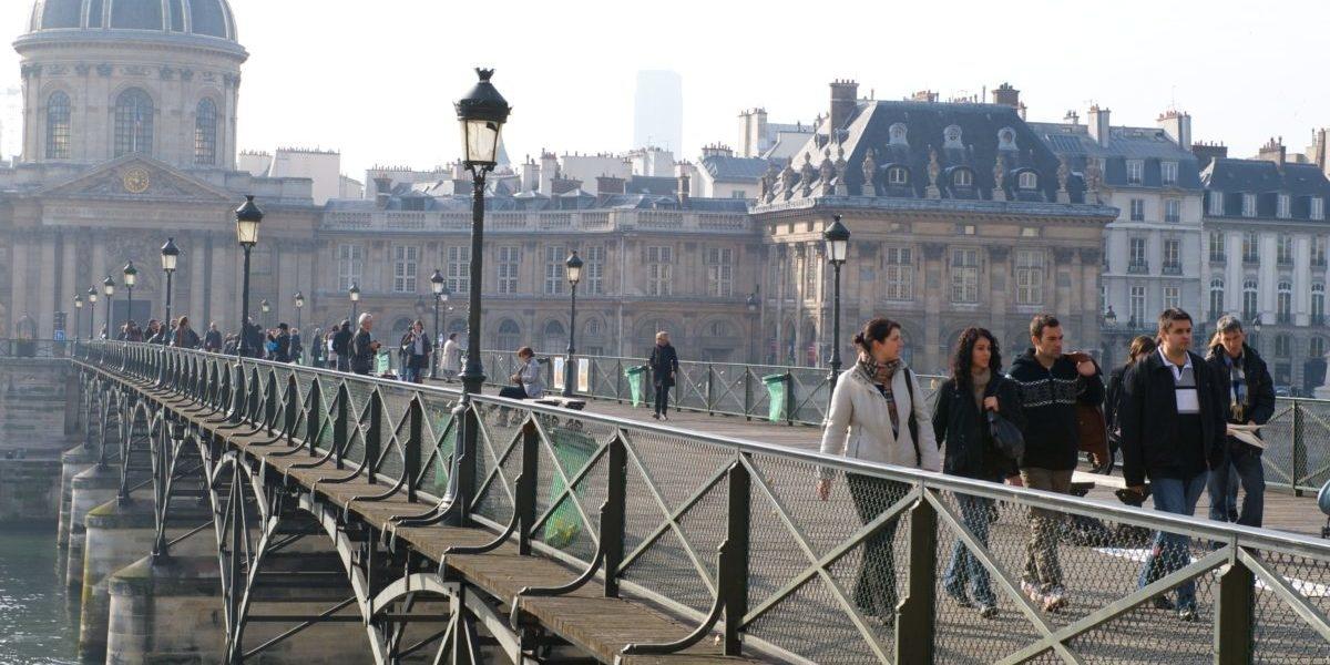 Paryż, czyli jak ograniczyć ruch samochodowy nie oglądając się na rząd