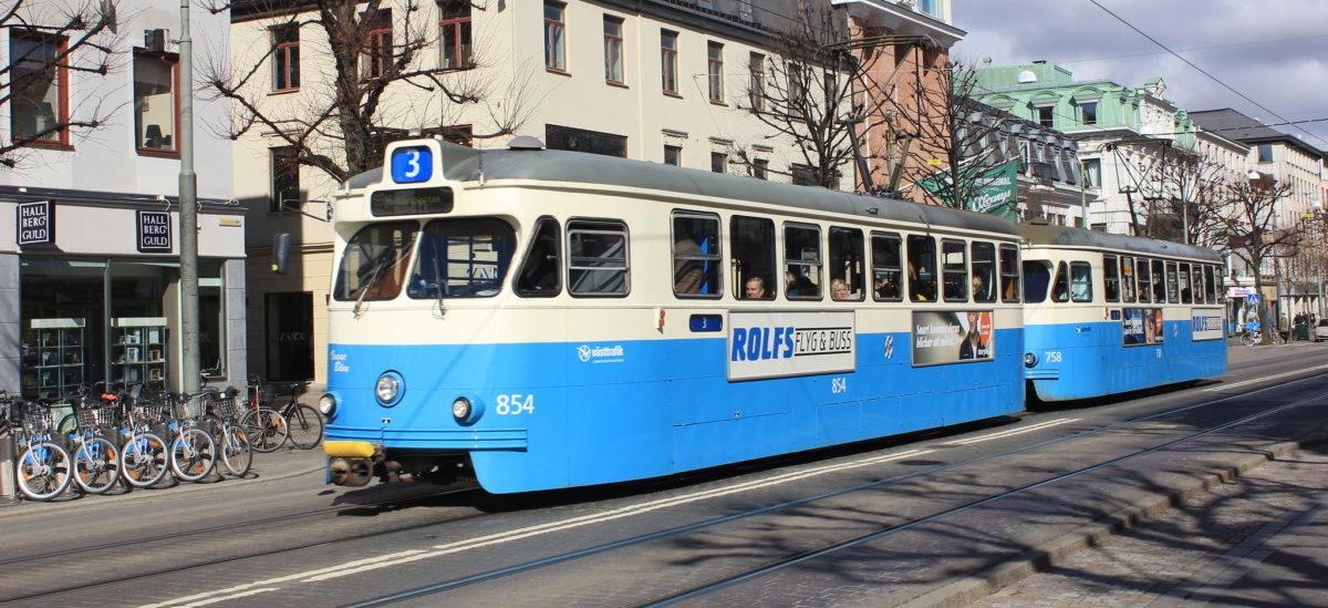 Jedna piąta miasta przesiadła się do tramwajów i autobusów