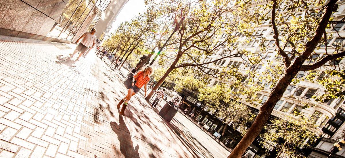 San Francisco tworzy nową  przestrzeń dla pieszych i rowerów, żeby odkorkować miasto
