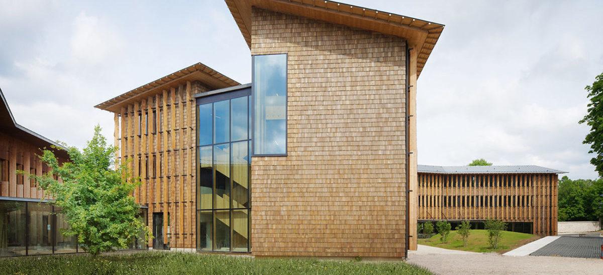 Drewniany biurowiec dla promocji zdrowia