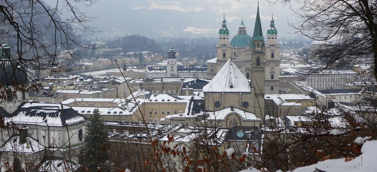 Władze Salzburga chcą ograniczeń dla turystów jadących w Alpy