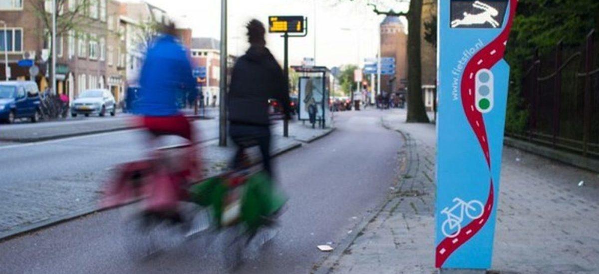 Zielona fala dla rowerzystów w Utrechcie poprawiła płynność jazdy o 40 procent